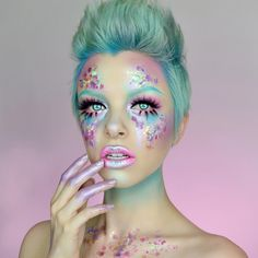 """28.7k Likes, 334 Comments - KIMBERLEYMARGARITACOLOURCREEP (@kimberleymargarita_) on Instagram: """"Find inspiration everywhere ✨ This look was inspired by a LUSH bath bomb! (Intergalactic) what is…"""""""
