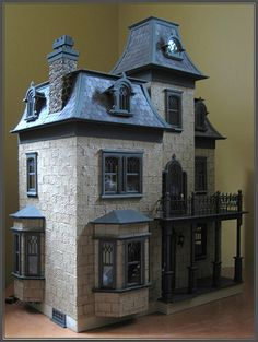 Looks like a house you would find in like ann of green gables ( if it were painted brighter ) Beacon Hill Dollhouse, Haunted Dollhouse, Dollhouse Kits, Dollhouse Dolls, Dollhouse Miniatures, Miniature Rooms, Miniature Houses, Miniature Furniture, Dollhouse Furniture