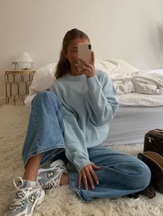 Casual Winter Outfits, Winter Fashion Outfits, Look Fashion, Fall Outfits, Fashion Beauty, Blue Fashion, Fashion 2020, Daily Fashion, Vintage Winter Fashion