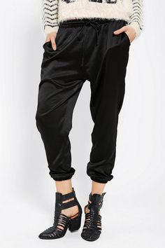 Kimchi Blue Lux Legs Satin Jogger Pant - love this look with the shoes