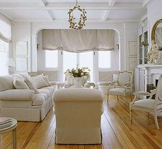 Treatment with Options ~ Lovely living room from BHG!