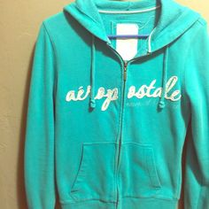 Girls Size M Sweater Aeropostale Good condition m. Smoke free and pet free home. Aeropostale Sweaters