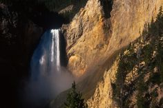 Things you must see when you visit Montana- Lower Falls Yellowstone Park