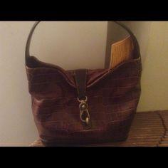 Sale-Dooney Handbag/Key Fob Like New/Beautiful