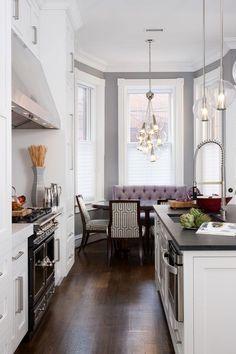 Eat in kitchen breakfast area | BGDB Interior Design