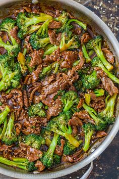 Natasha's Kitchen- Beef and Broccoli is an easy, meal loaded with fresh broccoli, tender beef, and the best stir fry sauce. How to make Broccoli Beef Stir Fry Beef And Broccoli Sauce, Beef Broccoli Stir Fry, Fresh Broccoli, Broccoli Recipes, Brocolli Beef Stir Fry, Ground Beef And Broccoli, Broccoli Fried Rice, Healthy Beef And Broccoli, Chinese Beef And Broccoli