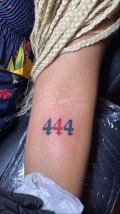 Girl Spine Tattoos, Dope Tattoos, Pretty Tattoos, Tattos, Tiny Tattoos For Women, Small Tattoos, Tattoo Design Drawings, Tattoo Designs, Number Tattoos