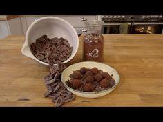 Chocolate Work, Flourless Chocolate, Chocolate Treats, Chocolate Truffles, Chocolate Recipes, Snack Recipes, Dessert Recipes, Snacks, Low Gi Foods