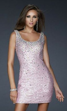For that special evening you can find a La Femme Lace Sleeveless Cute Column Prom Dresses
