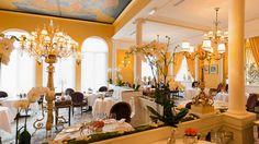 http://www.timeout.fr/paris/restaurant/lasserre?cid=TOP~NL~1400754327~~~Title~2016-01-07