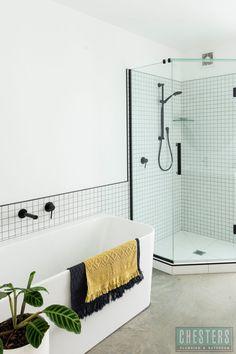 Athena Contro BTW Bath