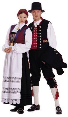 Folk costumes - Page 12 Art Costume, Folk Costume, Norwegian Clothing, Scandinavian Embroidery, Frozen Costume, Folk Clothing, Beard Lover, Russian Folk, Traditional Dresses