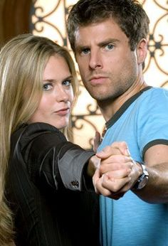 real - james-roday-and-maggie-lawson Photo