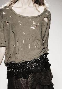 Quick Tip: Cómo fabricaros vuestra propia camiseta Balmain / How to make your oen Balmain T-shirt