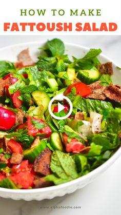 Fatoush Salad, Lebanese Salad, Middle Eastern Recipes, Middle Eastern Vegetarian Recipes, Cooking Recipes, Healthy Recipes, Mediterranean Recipes, Indian Food Recipes, Healthy Lebanese Recipes