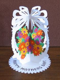 Papercutting Template DIY Flower Basket Paper by NineFingerJo Handmade Greetings, Greeting Cards Handmade, Birthday Gifts For Sister, Birthday Cards, Mothers Day Crafts, Crafts For Kids, Diy Flowers, Paper Flowers, Homemade Gifts For Boyfriend