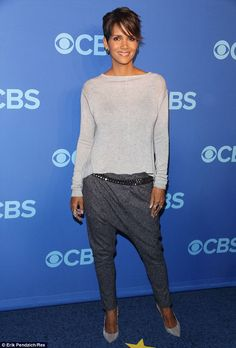 Back to her best! Halle Berry was looking radiant as she hit the blue carpet at the CBS Upfront presentation in New York City on Wednesday, where she was promoting upcoming sci-fi thriller Extant, which is set to hit screens in summer 2014