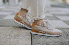 Baskets Schmoove Trail Runner de couleur beige et sable #chaussures #baskets #sneakers #streetwear #sneakerheads #sneakeraddict #style #Schmoove