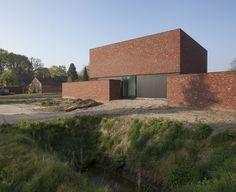 Rode baksteen? Architectenkantoor: Egide Meertens Plus Architecten - Woning Claessens - Leyssen