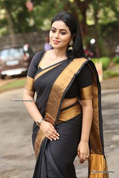 Poorna Shamna Kasim At Avantika Movie Platinum Disc Function 17