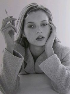 Kate moss @ smoking