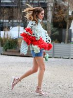 84 Outfit Ideas For Style Extroverts #refinery29  http://www.refinery29.com/2015/03/83675/paris-fashion-week-2015-street-style