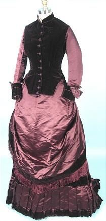 Antique Dress. c. 1883 3-piece Bustle Gown Visiting gown with Partial Additional Bodice