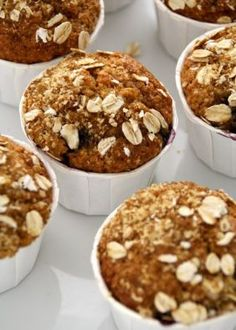 Blåbærmuffins Blue Berry Muffins, Cupcake Recipes, Pesto, Blueberry, Peanut Butter, Caramel, Vanilla, Cupcakes, Sweets