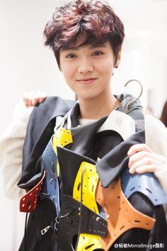 [HQ] 141120 Luhan at LOEWE Pop-up Store