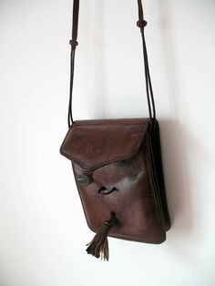 Mention is a nice antique bag