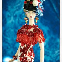 Diva in #kamakura #ooak #doll #couture #magia2000 #love @barbiestyle @barbie #silkstone #artdoll @cosmopolitan_it #repaint #lace @embromania #embroidery #italy #madeinitaly @imgrum #imgrum