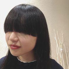 . . さっちん来てくれたーー😍 . オーダーは テクノカットと姫カットの融合🙌🏻🌟 さっちんの雰囲気にぴったりの 耳元までの超ワイドバング🙆 . #この前髪切るの楽しすぎた #あえてキレイに揃えて撮りました笑 #うざバング#ワイドバング#巻いてもグッド #さっちんは何でも似合うのです #ありがとーーっ ♡ #hairstyle#💈