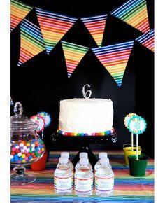 Rainbow party - by TheCupcakeSocial.com and Chickabug.com