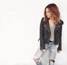 L'actrice #AshleyTisdale a décidé de créer saligne de produits cosmétiques pour la marque BH Cosmetics.