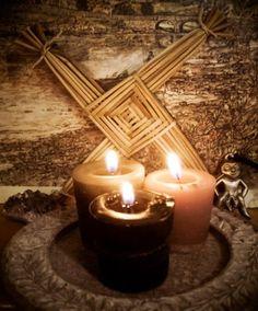 Altars:  Pagan Imbolc #Altar.