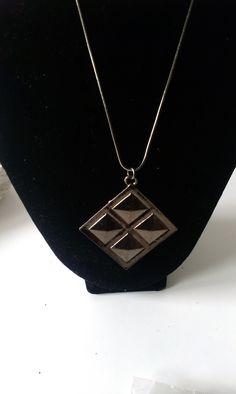 Lady, Arrow Necklace, Jewellery, Detail, Fashion, Moda, Jewels, Fashion Styles, Schmuck