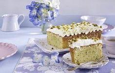 Das Rezept für Zitronen-Zucchini-Kuchen und weitere kostenlose Rezepte auf LECKER.de