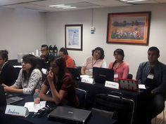 Durante el curso los asistentes dieron sus puntos de vista a sus compañeros para una mejor compresión del tema.