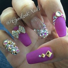 Bling matte nails