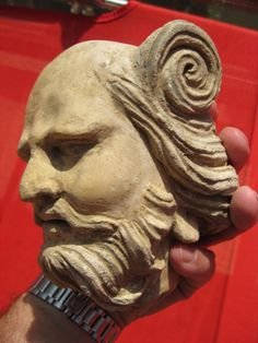 One of my favorite Gandhara head. The Guimet museum has one similar (but not as nice as mine lol...)  fvusa@hotmail.com