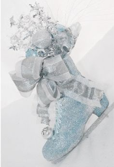 pastelchristmas.quenalbertini: Blue Christmas Decoration