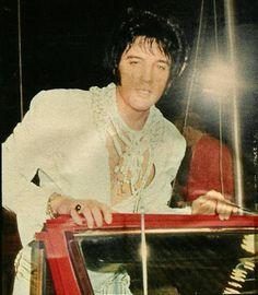 Elvis..Houston Astrodome, March 28, 1970