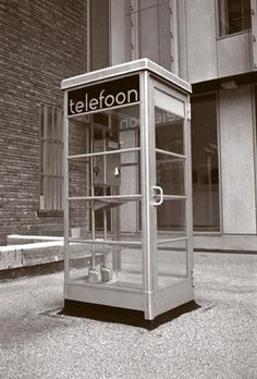 Oude telefooncel