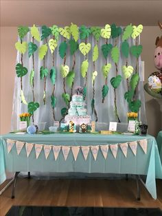 Cumple safari Jungle Theme Birthday, Wild One Birthday Party, Jungle Party, Dinosaur Birthday Party, Safari Party, Birthday Diy, Birthday Balloons, First Birthday Parties, Girl Birthday Decorations