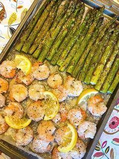Easy Keto Baked shrimp and asparagus  recipe #ketodinner Shrimp And Asparagus, Asparagus Recipe, Low Carb Recipes, Vegetarian Recipes, Healthy Recipes, Healthy Foods, Recipe Sheets, Baked Shrimp