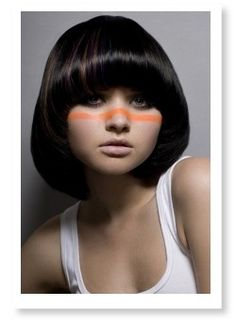Seventies-style rounded bangs