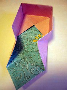 Instructions on how to create an Origami treat box. Nifty idea :)