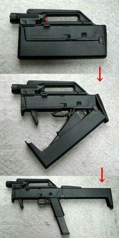 FMG9 foldable automatic pistol