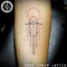 Frank Lloyd-Wright inspired geometric line tattoo (forearm) - Emma Grace @Cinar Arts, İstanbul