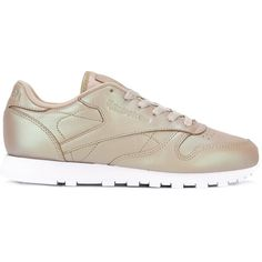 Reebok Classic hologram sneakers ($95) ❤ liked on Polyvore featuring shoes, sneakers, reebok trainers, holographic trainers, leather sneakers, nude shoes and leather footwear